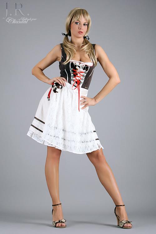 Partystrip als Oktoberfest Girl